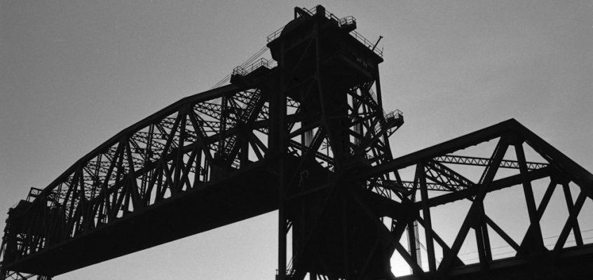 That Bridge – Gritty